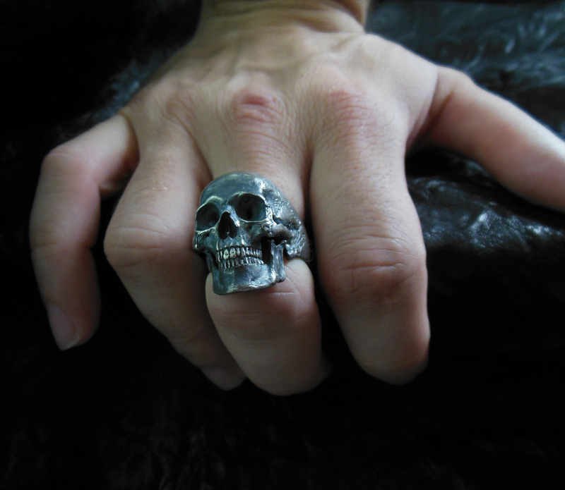 Into_The_Fire_Jewelry_Skull_ring_full_on_finger